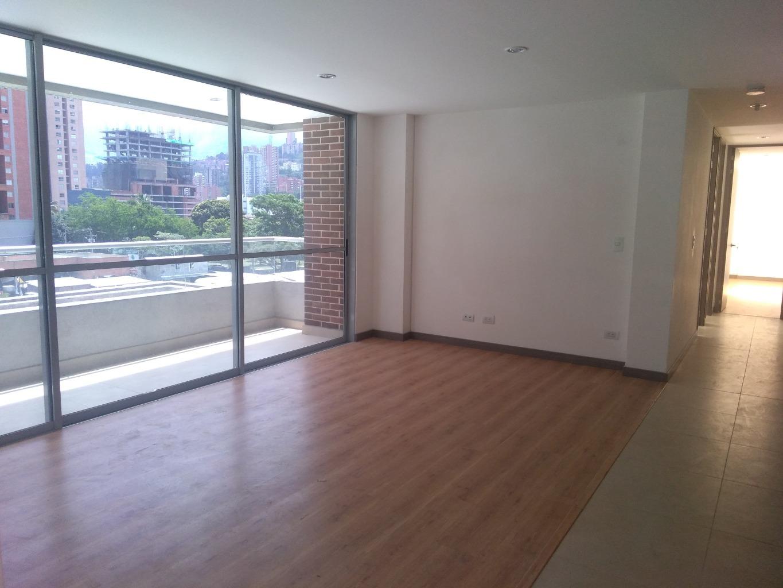99615 - Apartamento como nuevo, cómodo, con espacios generosos y bien distribuido.