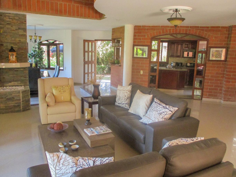 97350 - Renta Casa Finca Amoblada en Envigado El Cerezal