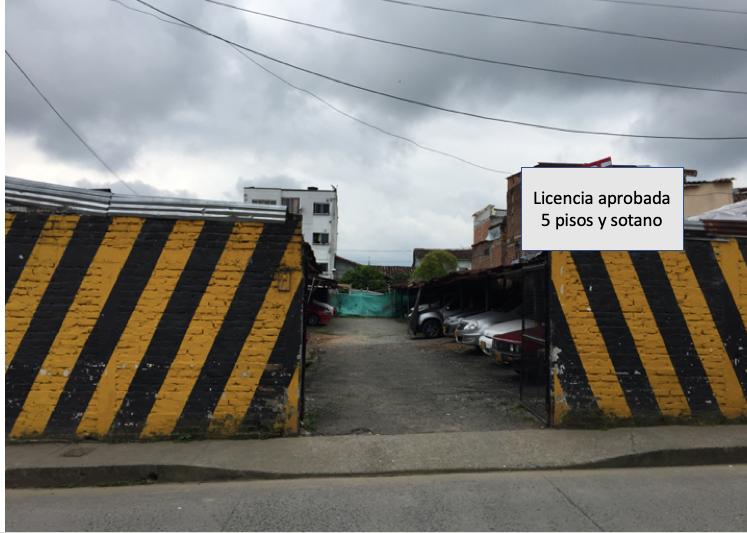 101177 - Lote parqueadero con clientes de la zona