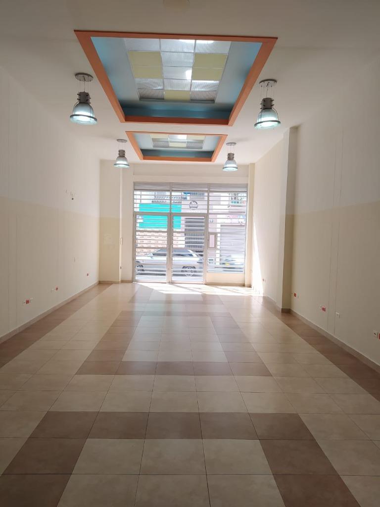 99441 - Renta Amplio e Iluminado Local en Circasia
