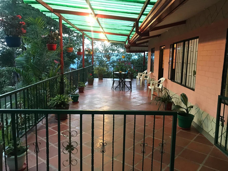 Casa en Mesitas Del Colegio 8639