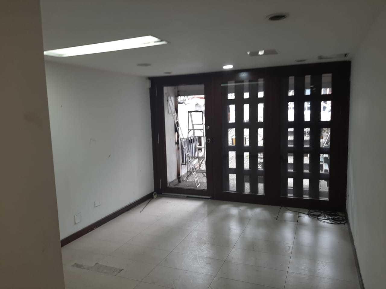 99496 - Casa Comercial en Renta Barrio Tequendama