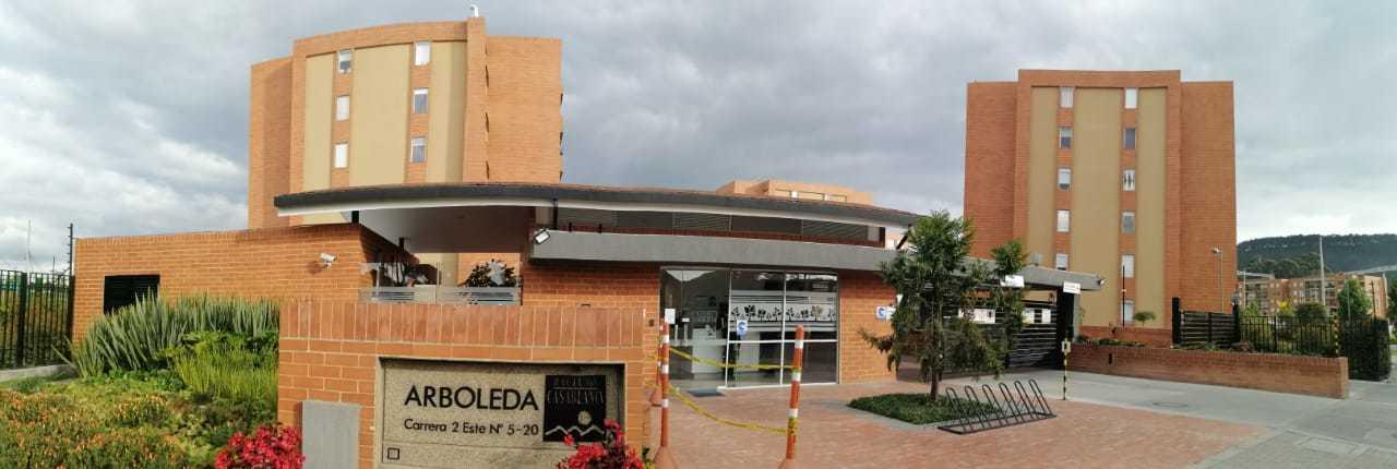 101515 - VENDE APTO EN ARBOLEDA AL LADO C.C. CASABLANCA
